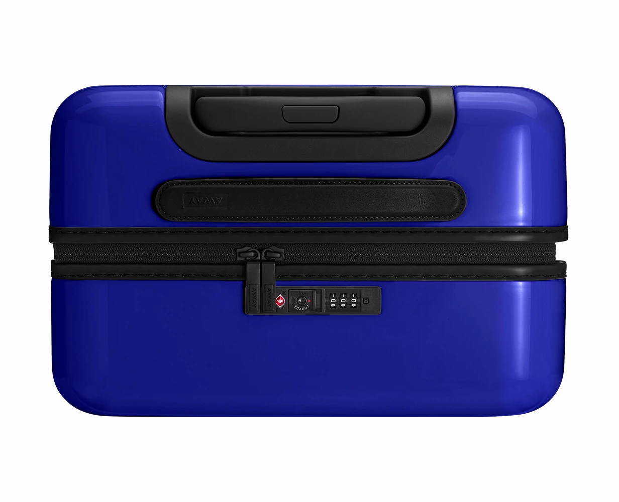 Close TSA approved lock-view of the Away Bigger Carry-On PC in the color Nightfall Ombre.